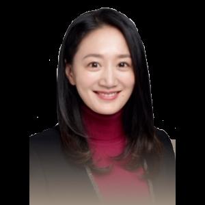 Fay Zhou headshot